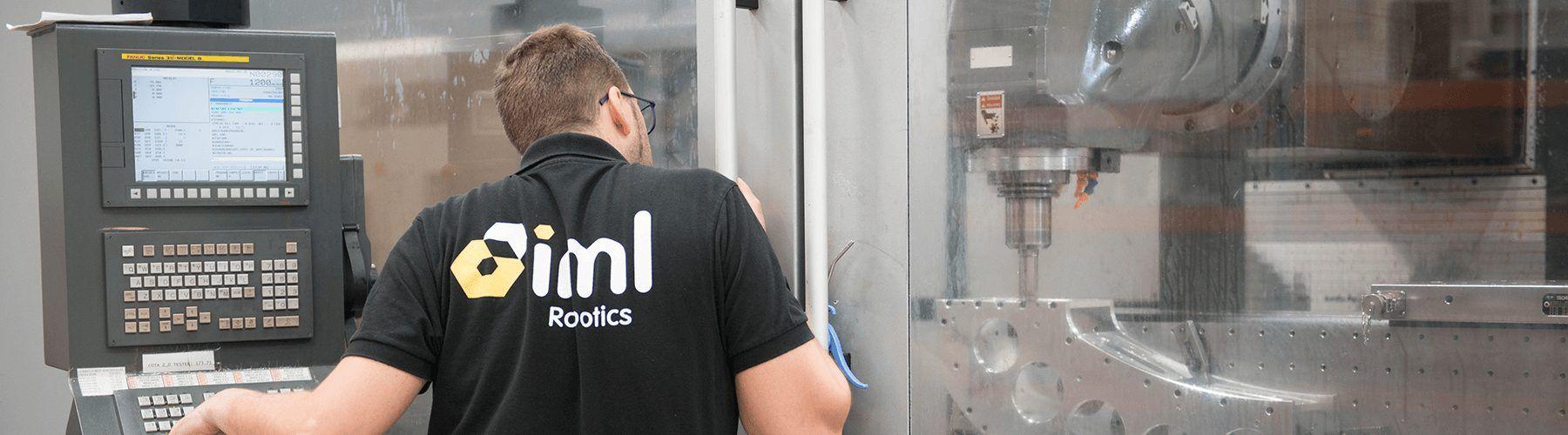 Side-entry IML Robot